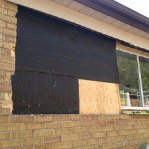 window brick 002 (300x225)