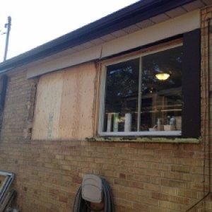 house window 007 (300x225)