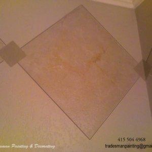 335851099781 009  Bathroom border up close.