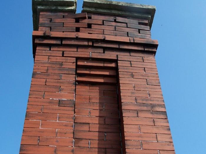 chimney crack1small