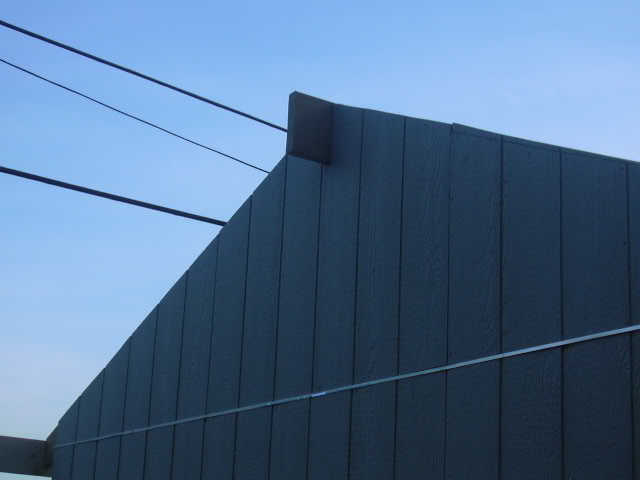 gable end with ridge protruding
