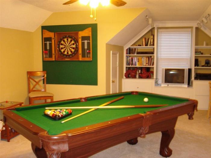 Game Room   Older Setup (Large)