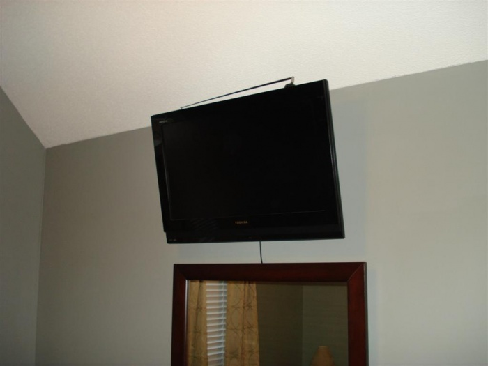 Guest Room   TV Mounted (Large)