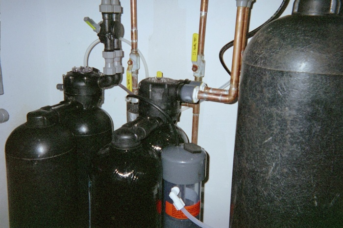 Macrolite, Sulfur Guard and K100 softener. Installed 2005