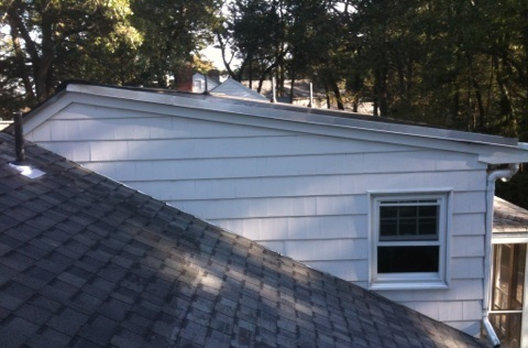 Snow Country Ridge Vent On 2 12 Pitch Roof Roofing