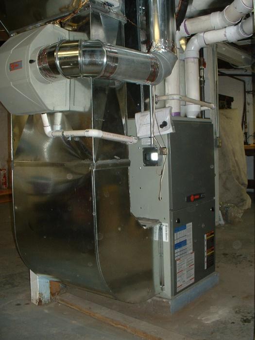 Trane 90% furnace with humidifier